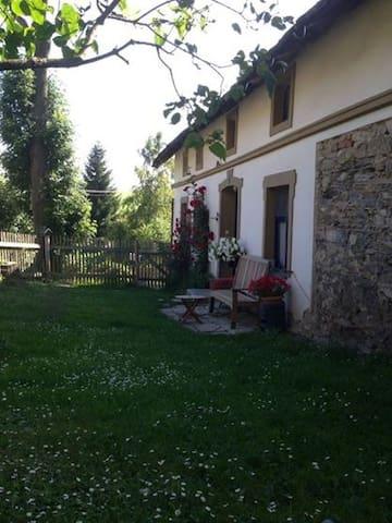 Charming place on a mountain farm - Ostružná  - Daire