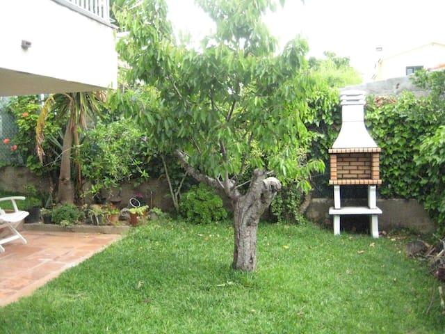 Planta baja con jardín  - Calafell - House