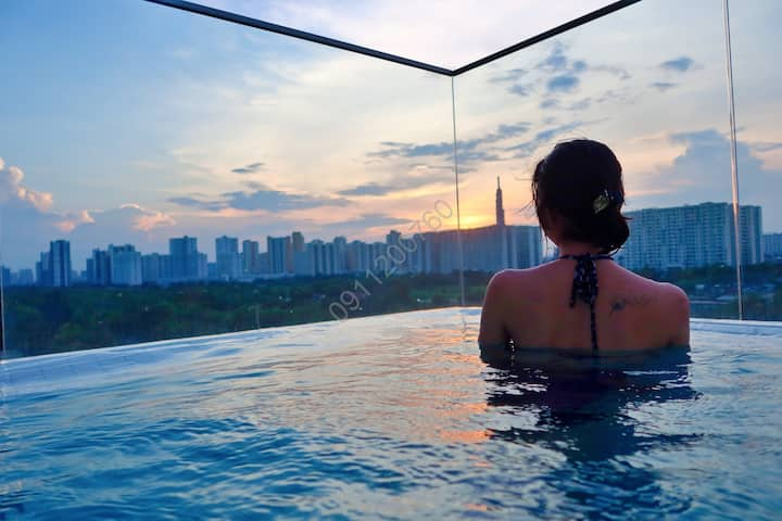 Chill apartment with pool view to landmark 81