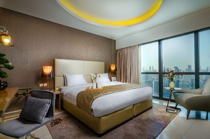 Sky Floor- One bedroom Burj Khalifa View