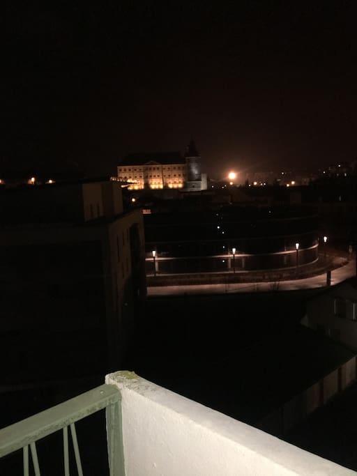 Balcon avec vue sur le château de Montbeliard