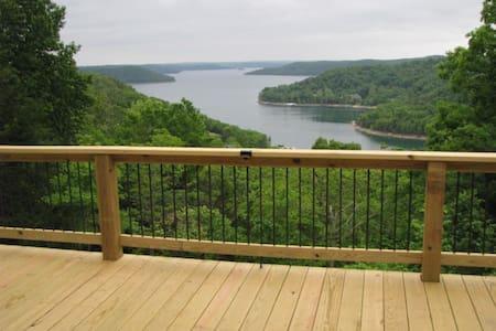 Cabins view, 2 - 8 guests - Eureka Springs
