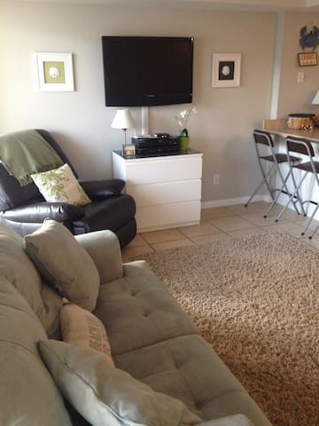 Gorgeous Condo by the Beach! - North Wildwood - Pis