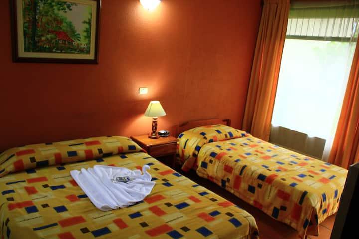 Hotel Guadalupe - 5 min from Arenal Lake (Tilaran)