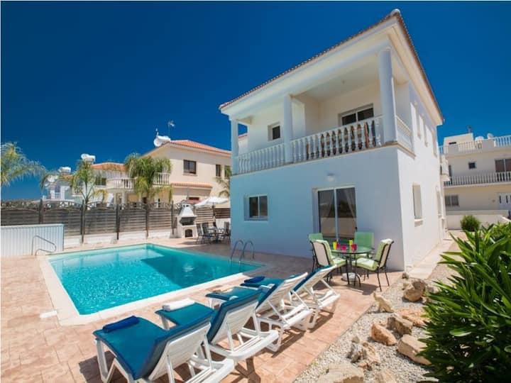 Nissi Villa Calisto, XXL Pool, 100% sterilized