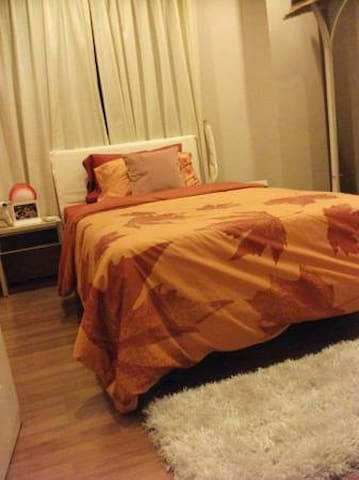 SHARED CONDO WITH PRIVATE ROOM AND BATHROOM