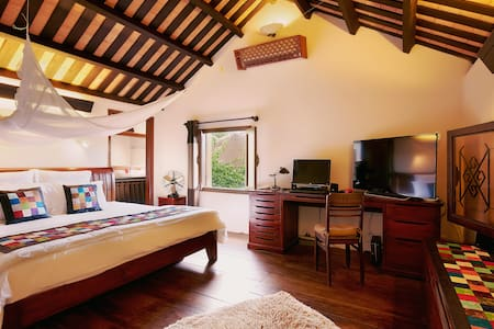 Lovely and authentic villa in the heart of Hoi An - tp. Hội An