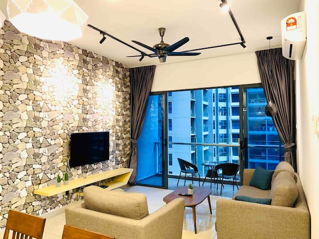 [A19]Family Suites 4-6pax.Atlantis. Jonker.Malacca