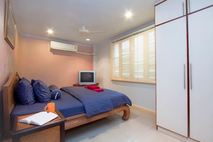 Argyle 1 Bed (5) 80 m2 Phratamnak