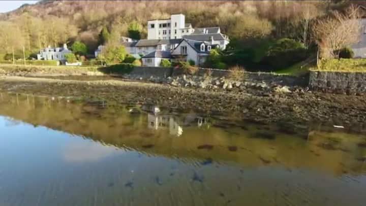 Luxury Lochside Property Loch Lomond & Trossachs