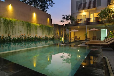 Chic quiet room in central Canggu - North Kuta