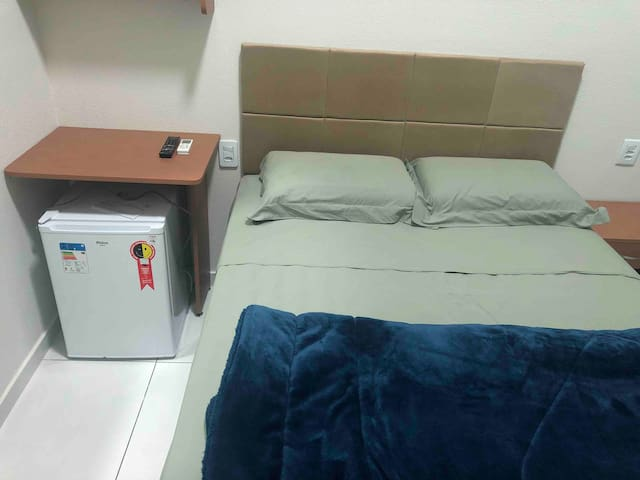 Quarto Suite novo banho interno muito confortável