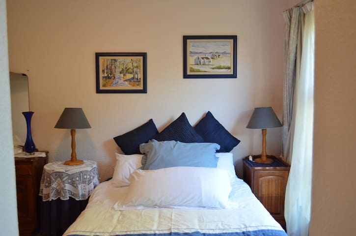 Cosy, comfortable and quiet. - Cape Town - Leilighet