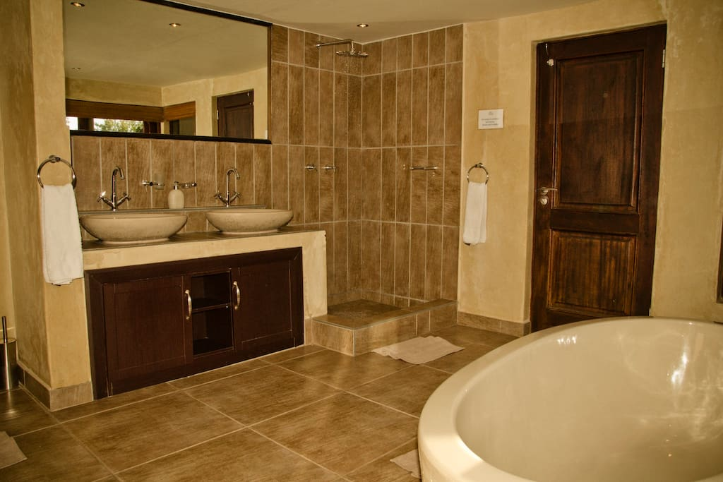 Bath and Shower in the ensuite bedroom