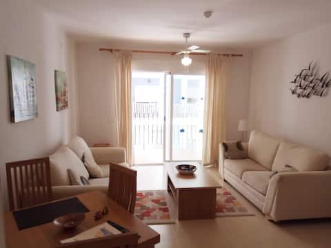 Apartamento en Almerimar en primera linea de playa