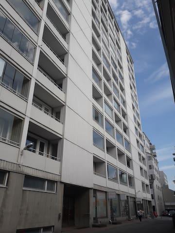 62 m2 apt Turku centre w/own locked parking & wifi