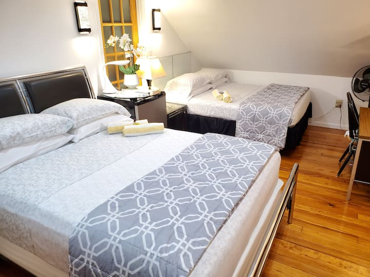 Great Room Near NY City,  EWR/JFK/LGA, Outlet Mall