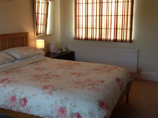 Severn Valley, Double room with private bathroom
