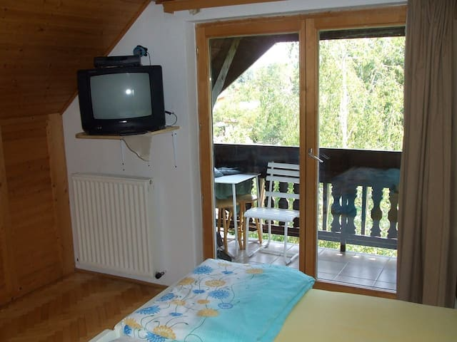 Apartment in Zamardi with balcony and close beach