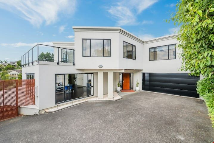Sea view Bbay for women or couple - Auckland - House