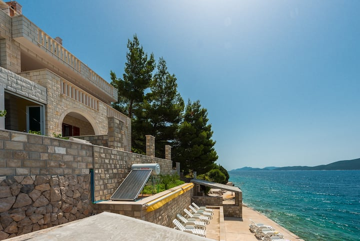 5 Bedrooms Suite on the Dubrovnik-Slano Riviera