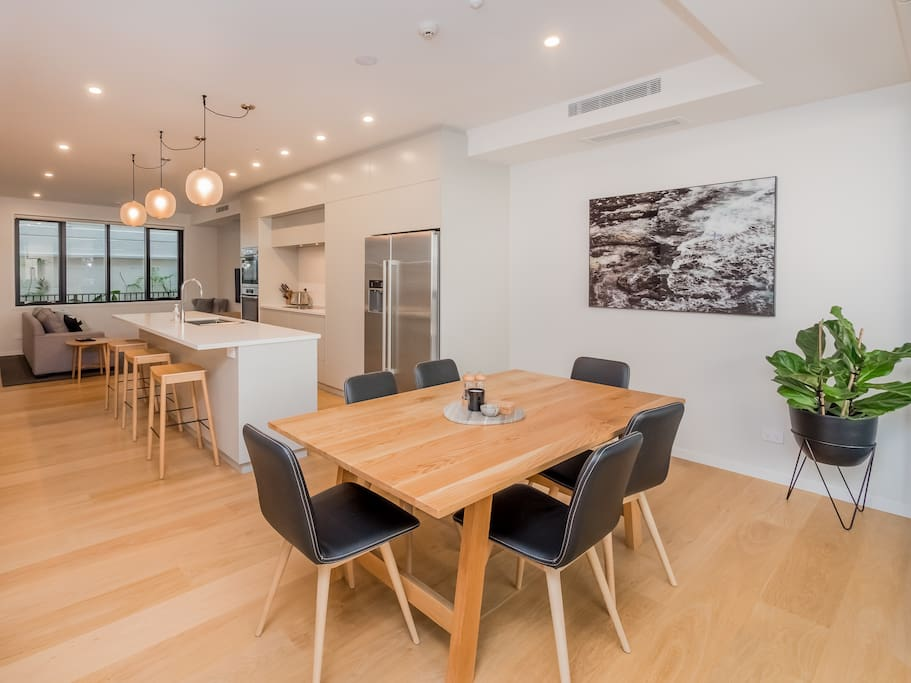 Open plan living with separate dining, kitchen & living areas