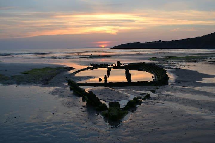 La Bretagne au coeur , le Finistère - Cast