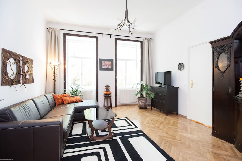 Newly renovated central luxury apartments for rent in for Designer apartment vienna