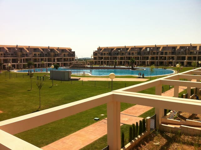 Apartamento en urbaniz. privada - Sant jordi  - อพาร์ทเมนท์