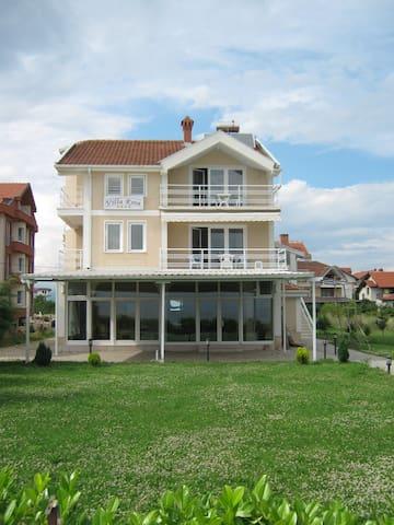 Villa Rosa, Struga  - Struga