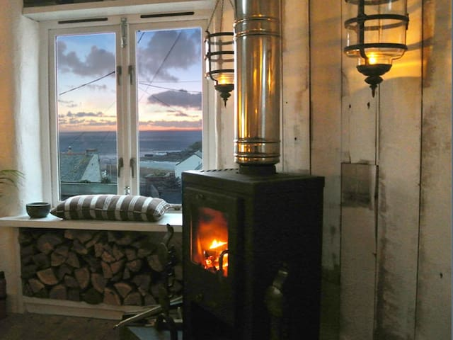 Luxury self-catered holiday cottage - Porthleven - House