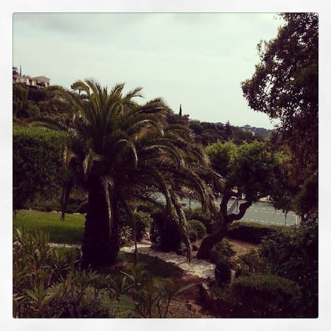 Mas face à la baie de Saint Tropez.
