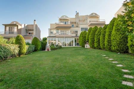 Villa in Thessaloniki - Hus