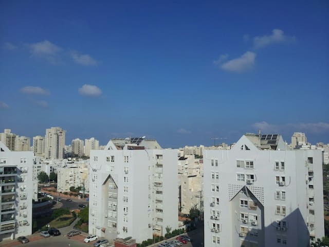 Cozy 1BD apartment with roof - Ashdod - Apartemen