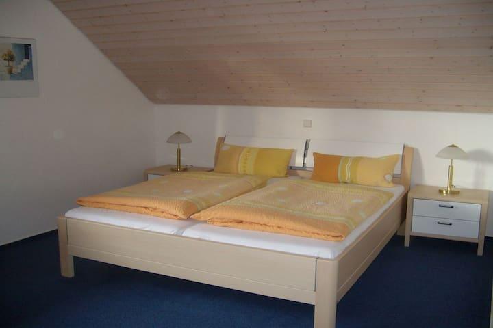 Ferienwohnung Berger, (Hagnau am Bodensee), Ferienwohnung, 67qm, 1 Schlafzimmer, max. 2 Personen