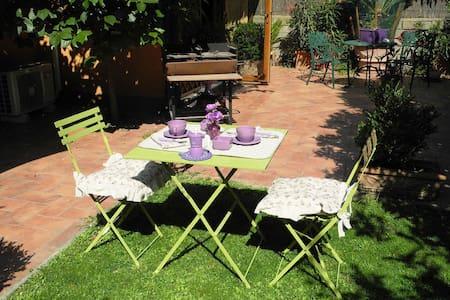 Chalet con giardino MVV Trastevere - Rom