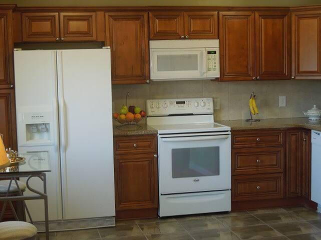 New, spacious kitchen