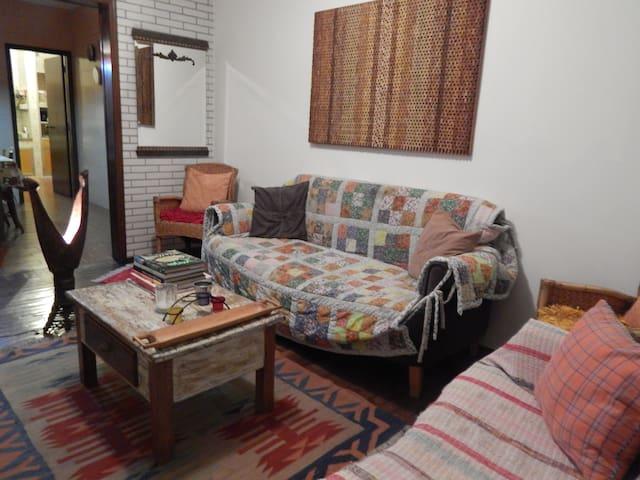 conforto,aconchego boa localização  - Belo Horizonte - Daire