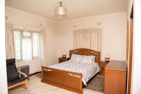 Lovely Guest house  in Lilongwe Area 12