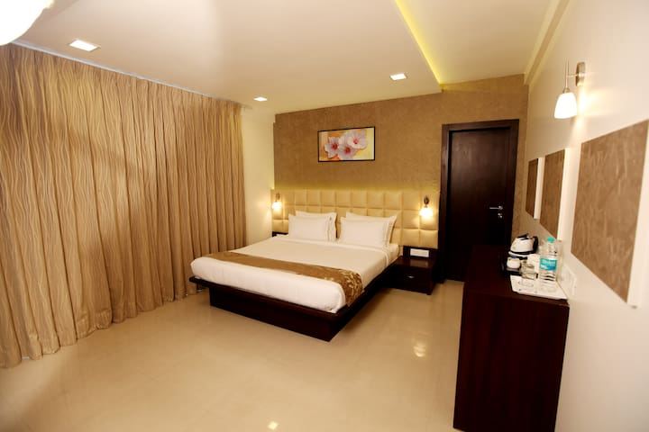 Luxurious Studio Apartment in Hinjewadi Phase 1