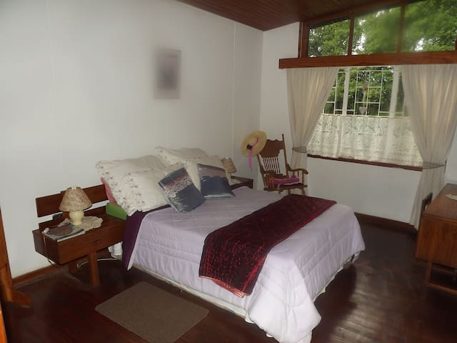 Sunny and family friendly home. - Sabie - Rumah