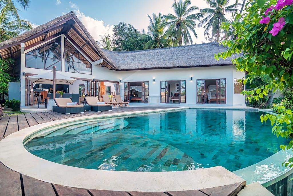 Le charme authentique de bali villas louer for Les jardins de bali