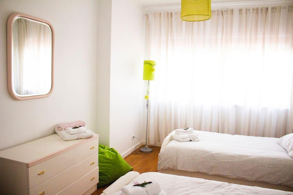 Beach House Twin Room