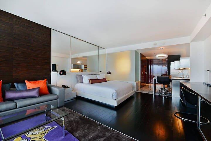 Las Vegas Luxury Condo Palms Place 31 STRIP VIEW