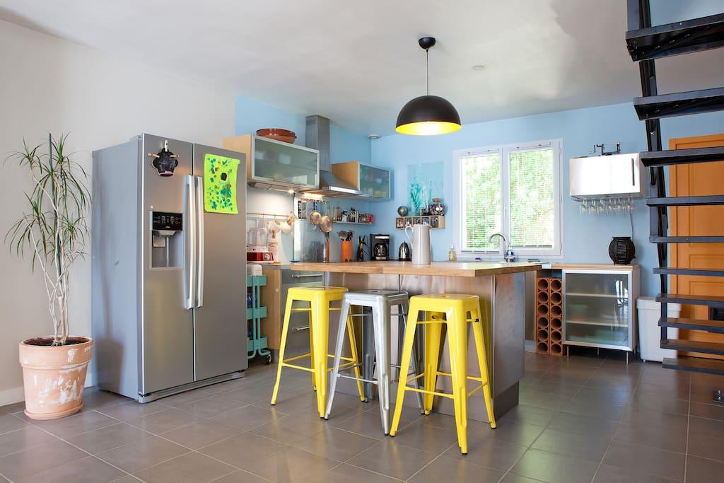 Villa moderne grande piscine 8 pers houses for rent in for Piscine center montpellier