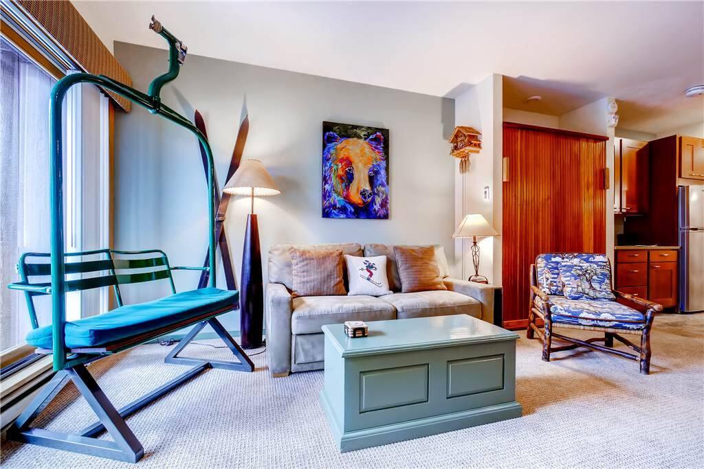 Chair,Furniture,Indoors,Room,Art