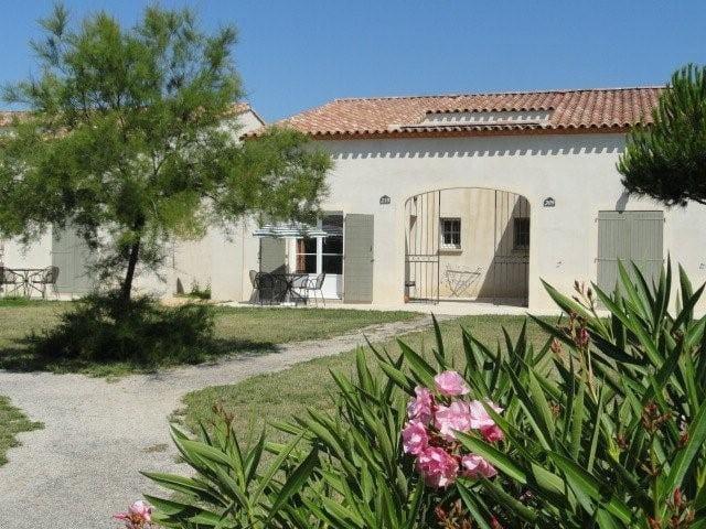 villa en Camargue avec piscine... - Gallargues-le-Montueux - House