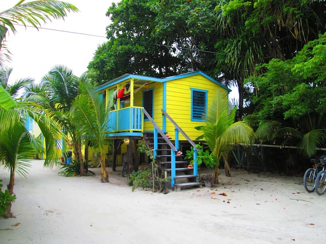 # 5 Ocean view Cabana with hammock steps to ocean - Caye Caulker