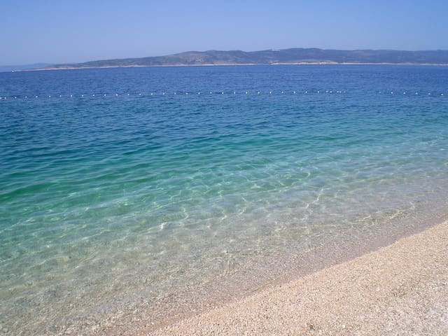 First row to the beach - Single