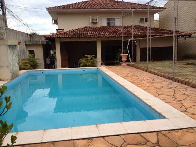 Sobrado c/ piscina - Arena Pantanal - Cuiabá - Rumah